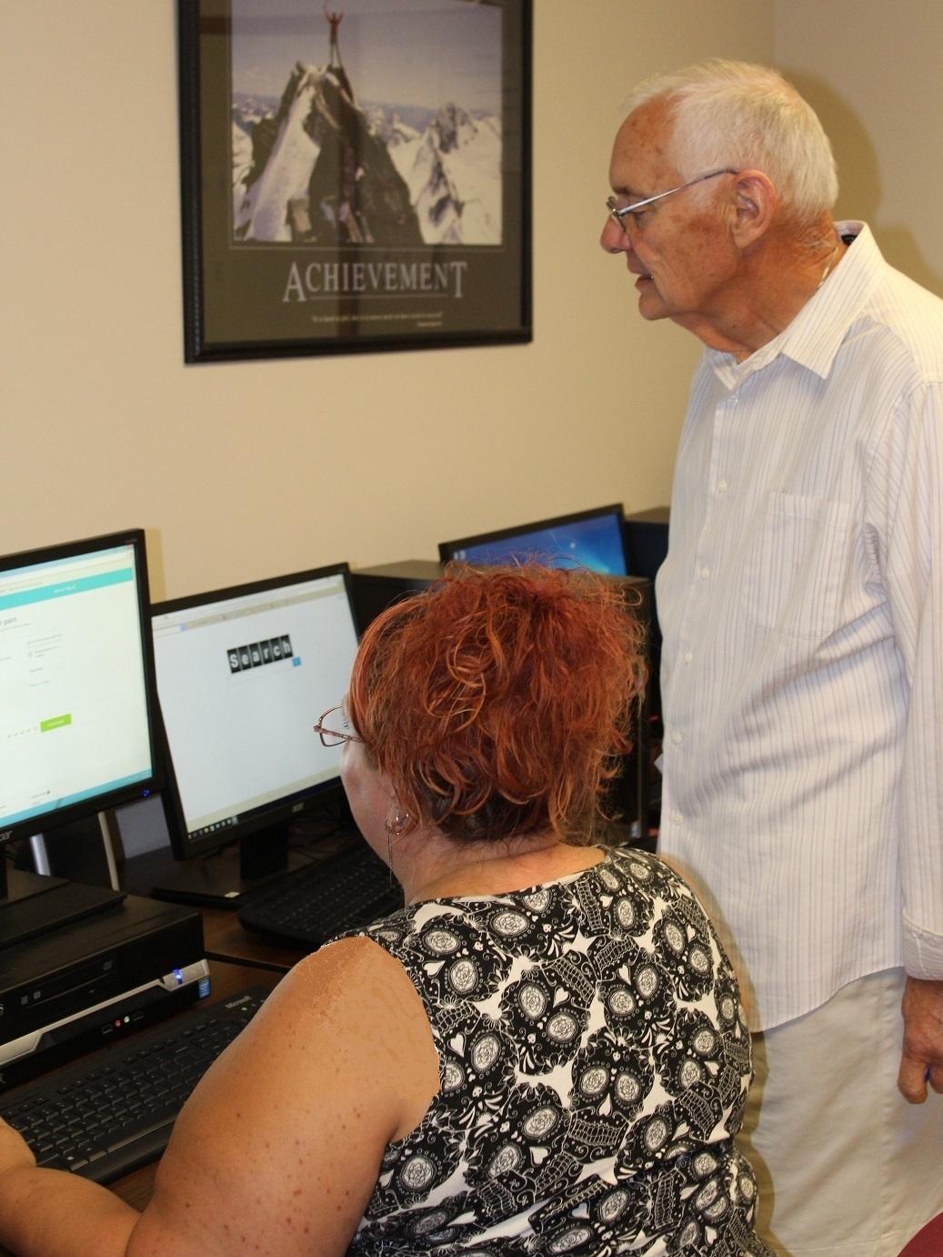 A participant utilizes Outreach's career/computer lab.